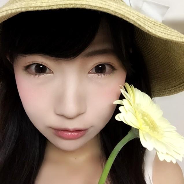 ビビッドカラーで色めく♥ツヤめく♥ちょっぴり夏メイク!
