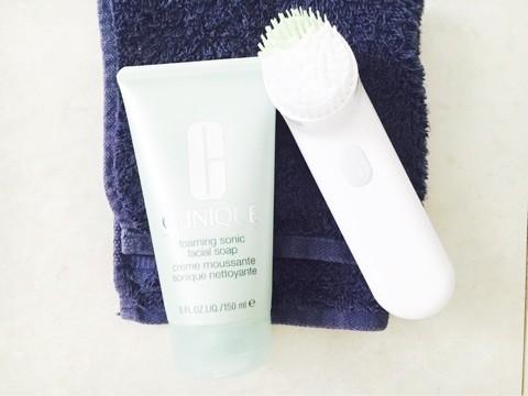 クリニーク洗顔ブラシで夏トラブル肌撃退!
