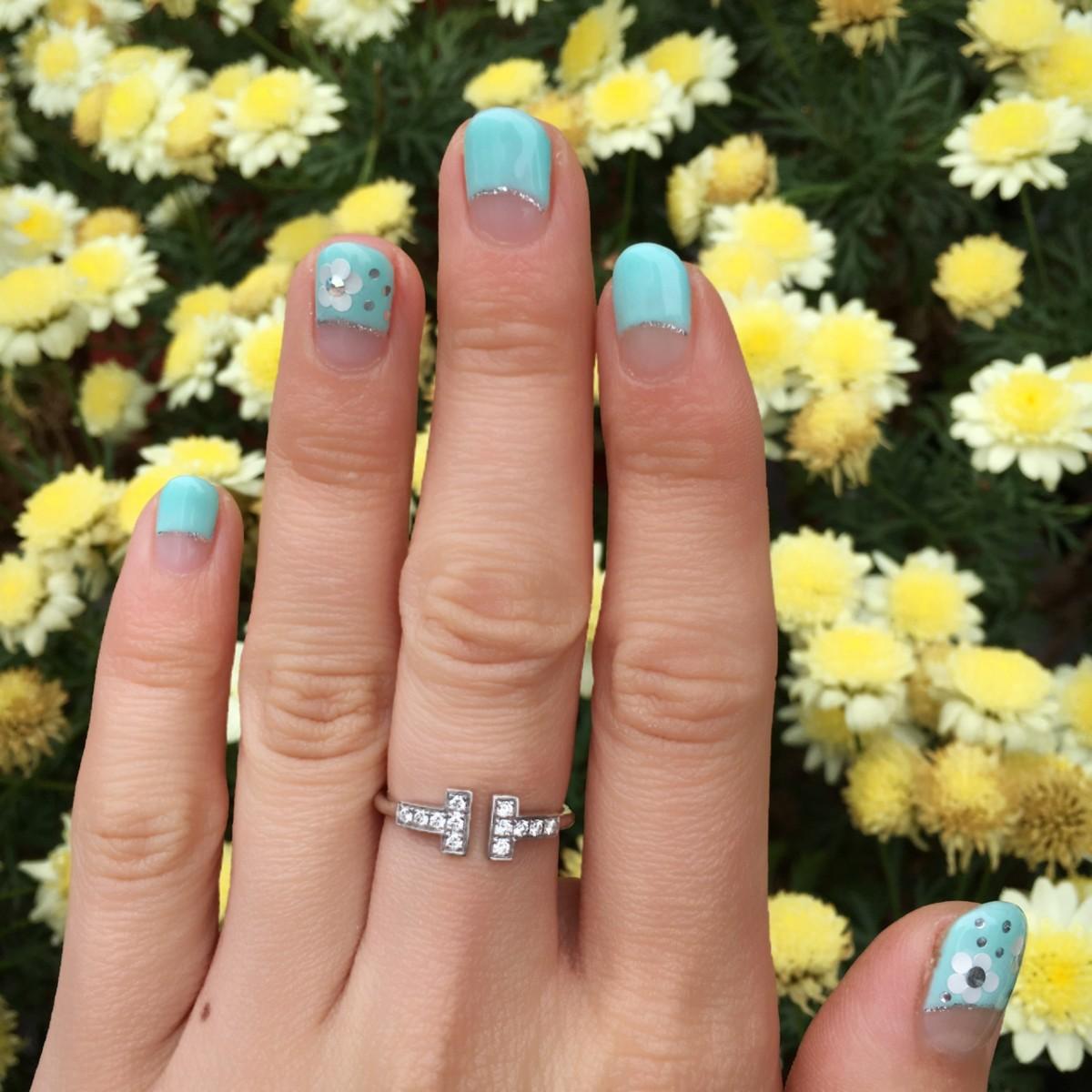 【夏ネイル】ソルベのようなミントグリーンで手元から涼やかに