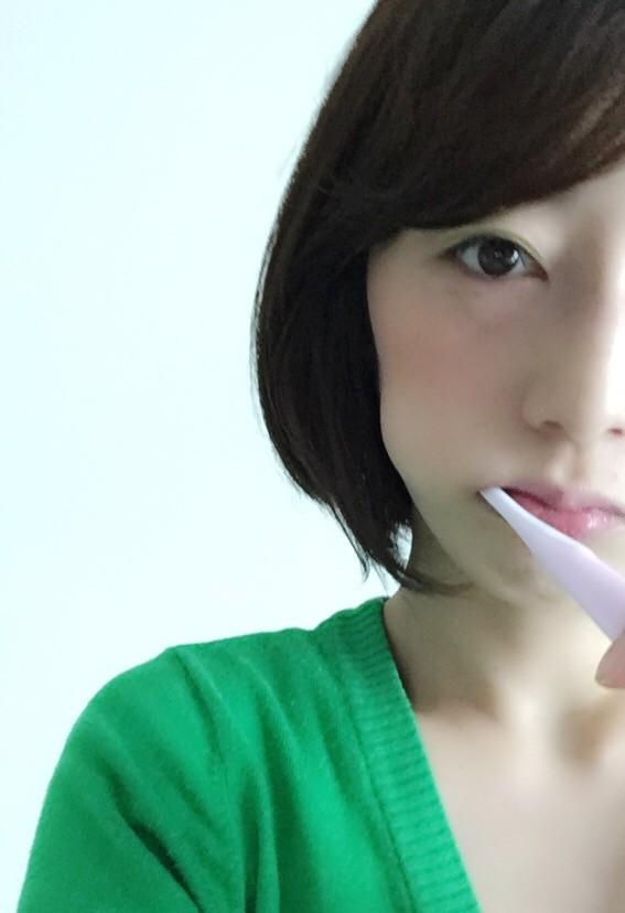 〈時短ケア〉歯磨きでリフトアップ&小顔