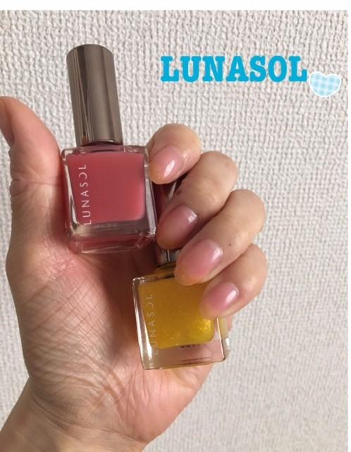 艶感と透け感がたまらなく可愛い♡LUNASOLのシロップネイル