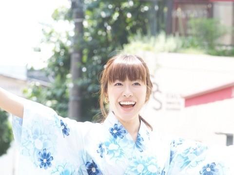 もうすぐ大活躍!浴衣を着付けできる日本女性に。。♪